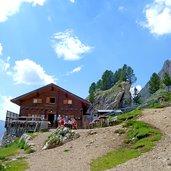 D-0573-campitello-rifugio-sandro-pertini.jpg