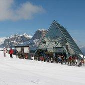 D-4016-Skigebiet-Sellaronda-Sellarunde-Bergstation-Piz-Boe.JPG