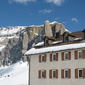 D-4522-Skigebiet-Sellaronda-Sellarunde-Sellajoch-Passo-Sella-Sellajochhaus.JPG