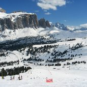 D-4569-Skigebiet-Sellaronda-Sellarunde-Groden.jpg
