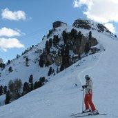 D-4590-Skigebiet-Sellaronda-Sellarunde-Piz-Sella.JPG