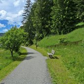 D-9815-alter-bahnweg-radweg-groeden-bei-wolkenstein.jpg