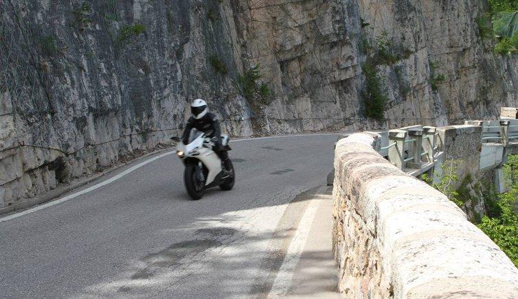 Motorrad, Foto: EMS, © Peer